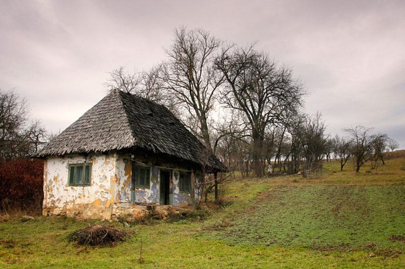"""© Mihai Grigorescu: """"Case mici"""""""