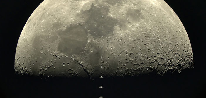 Statia Spatiala Internationala surprinsa trecand prin fata Lunii