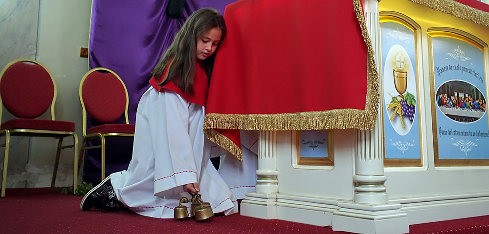 © Remus Tiplea - Confesiuni religioase