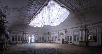 © Alek Sikora, Ballroom in abandoned grand hotel, Italy.