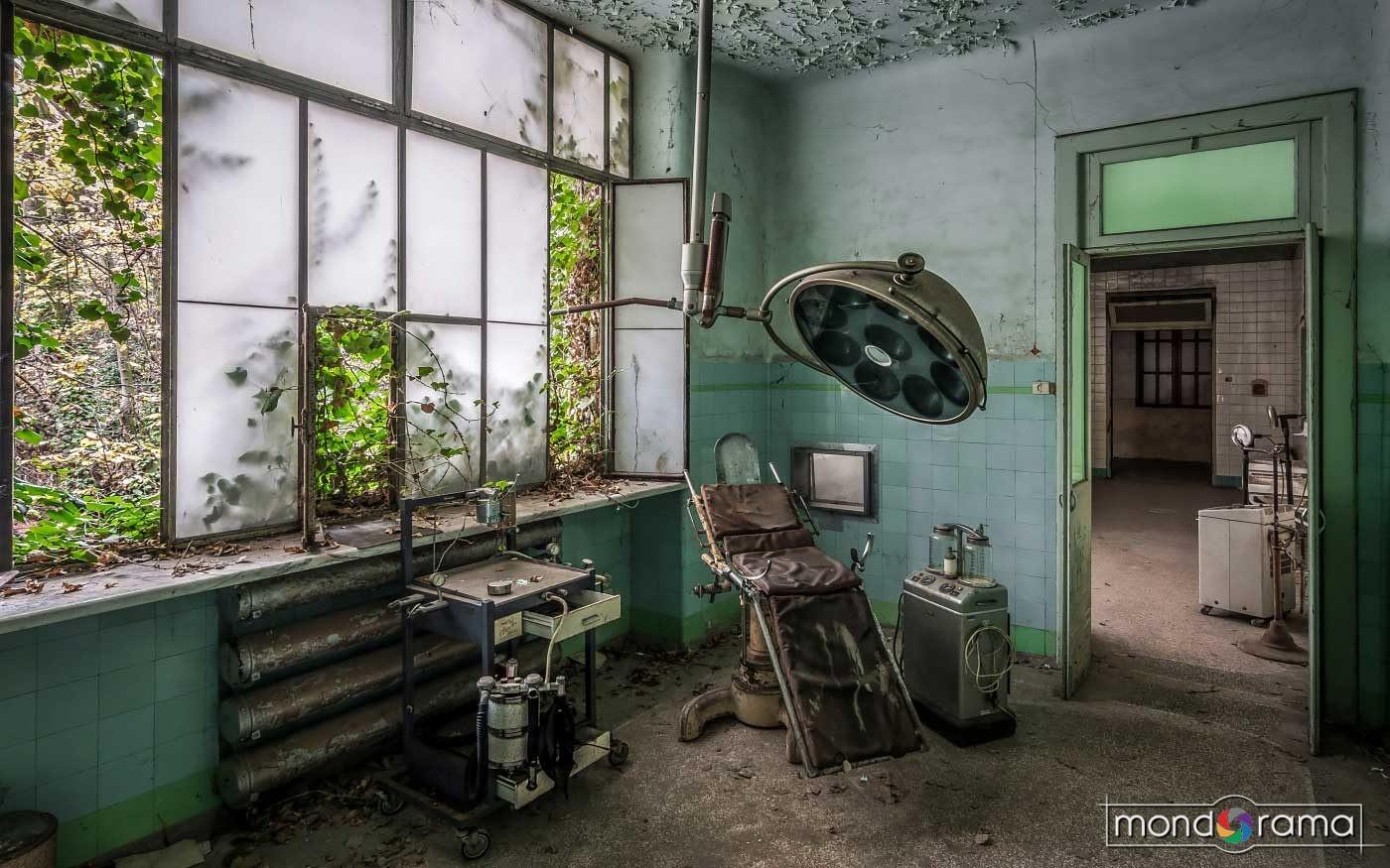 © Alek Sikora, Abandoned mental asylum, Italy.