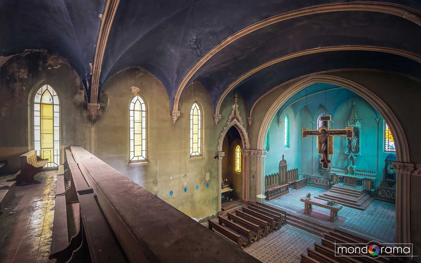 © Magda Stawowczyk, Abandoned church, Italy.