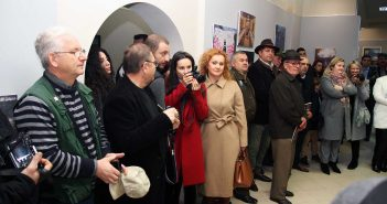 Expozanti si public © mondorama.ro
