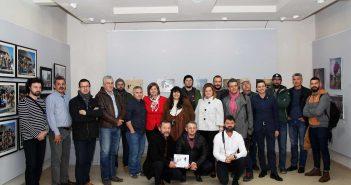 Poza de grup cu expozanti, gazde si invitati © mondorama.ro