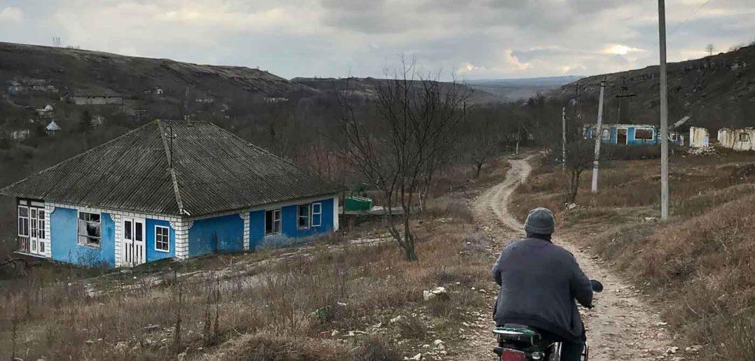 © Victor Galușca. Satul Roșietici, Republica Moldova.