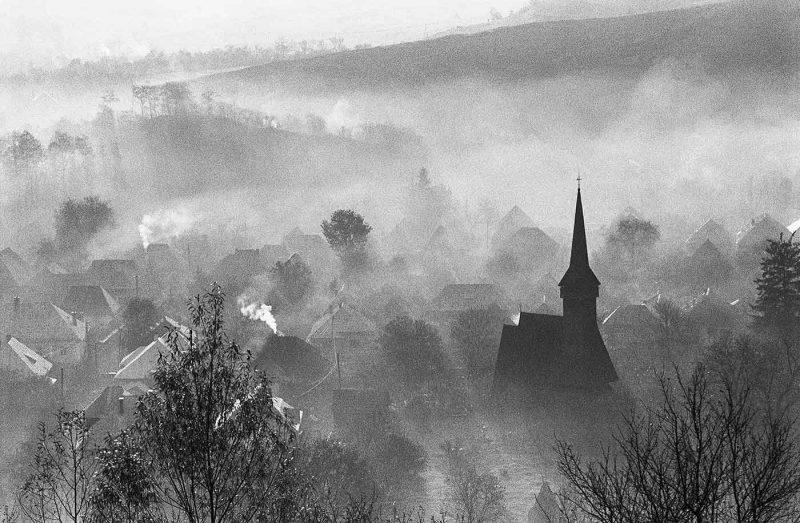 © Dan Dinescu, Ieud, Biserica din Șes, 1993.