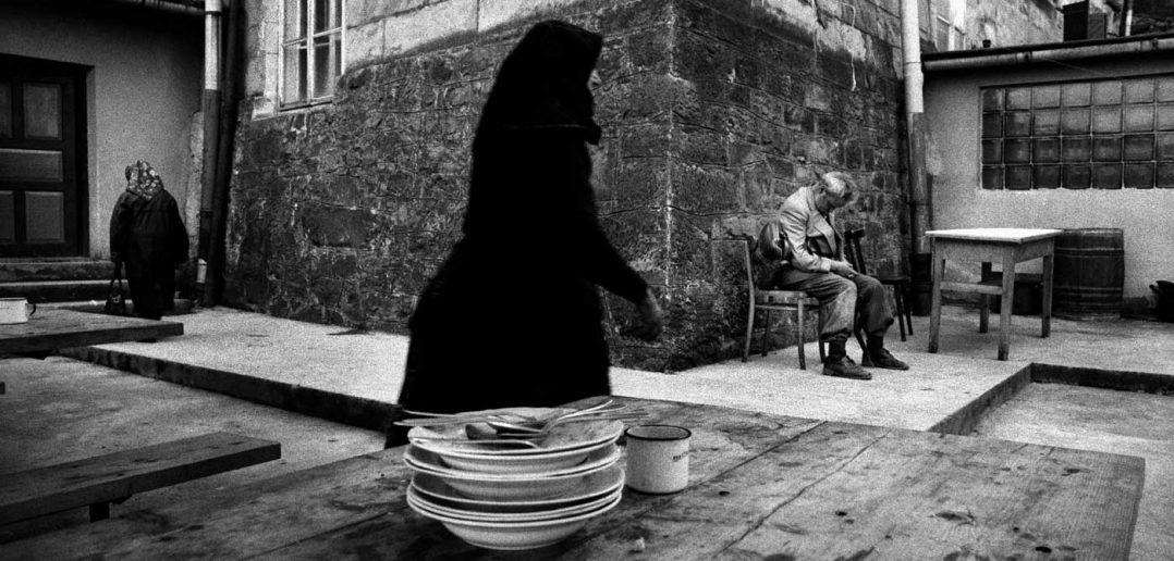 © Antonin Kratochvil, Shelter, Poland, 1976.