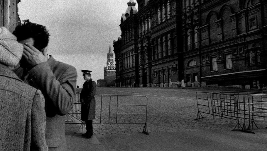 © Antonin Kratochvil, Paranoia, Soviet Union, 1989.