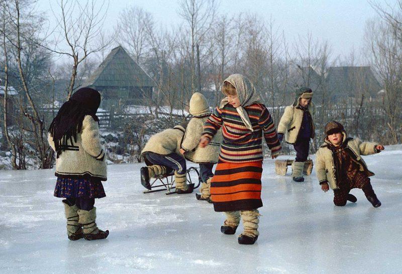© Dan Dinescu, Ghețuș, Valea Izei, 1979.