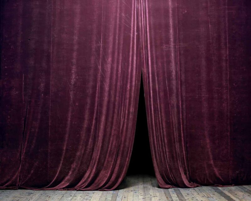 Curtain (House of Culture, Petroșani), 2014 © Tamas Dezsö, Notes for an Epilogue